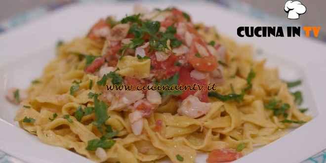 L'Italia a morsi - ricetta Tagliolini al filetto di triglia di Chiara Maci