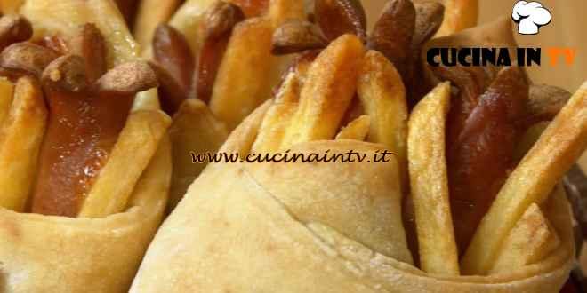 Fatto in casa per voi - ricetta Fagottini wurstel e patatine di Benedetta Rossi
