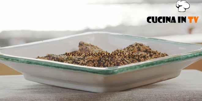 Giusina in cucina - ricetta Tonno scottato con sesamo e salmoriglio di Giusina Battaglia
