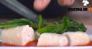 È sempre mezzogiorno - ricetta Gnocchi di ricotta con peperoni di Caterina Ceraudo