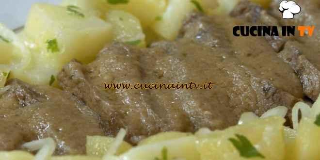 Fatto in casa per voi - ricetta Manzo all'olio con patate di Benedetta Rossi