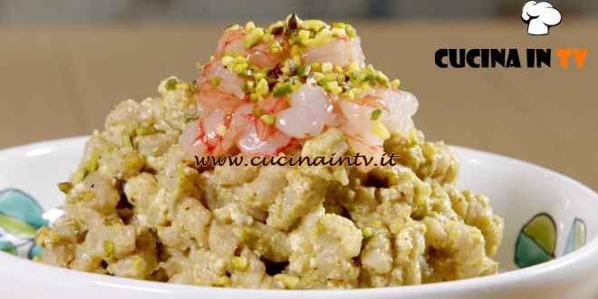 Giusina in cucina - ricetta Busiate al pesto di pistacchi e gamberi di Giusina Battaglia