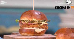 È sempre mezzogiorno - ricetta American burger bun di Fulvio Marino