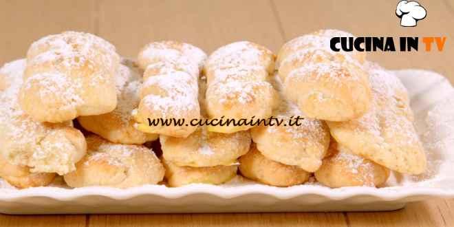 Giusina in cucina - ricetta Biscotti treccina di Giusina Battaglia