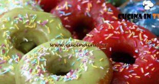 Fatto in casa per voi - ricetta Donuts glassati di Benedetta Rossi