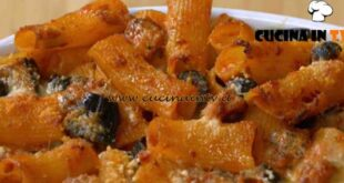 Fatto in casa per voi - ricetta Rigatoni al forno di Benedetta Rossi